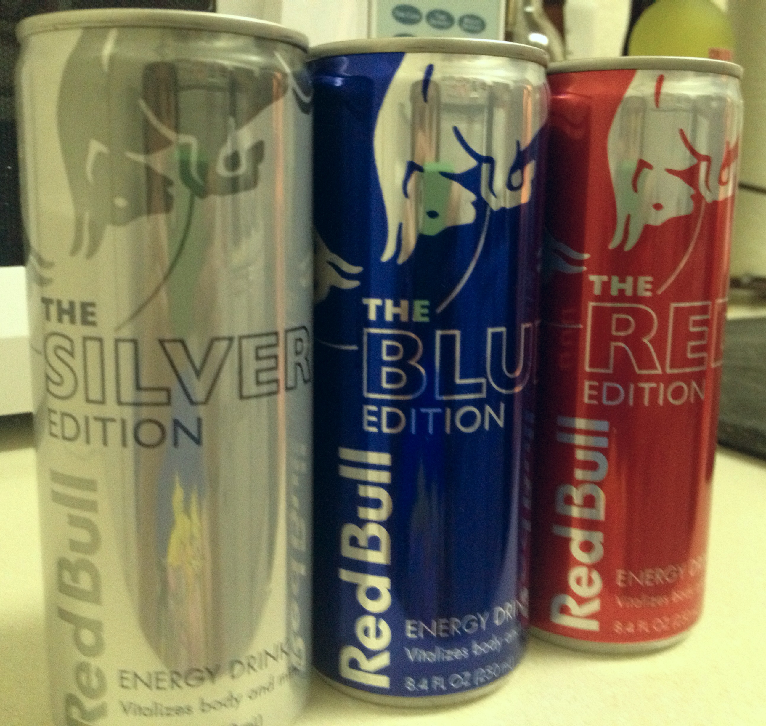 noms review red bull limited edition flavors pure geekery. Black Bedroom Furniture Sets. Home Design Ideas